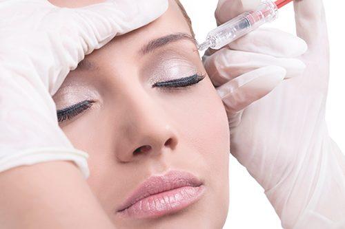 Mesoterapia facial mujer